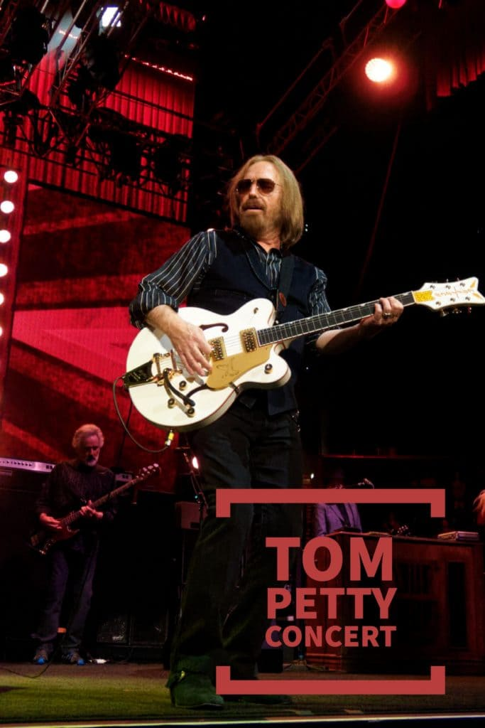 tom petty the heartbreakers concert the style bouquet. Black Bedroom Furniture Sets. Home Design Ideas