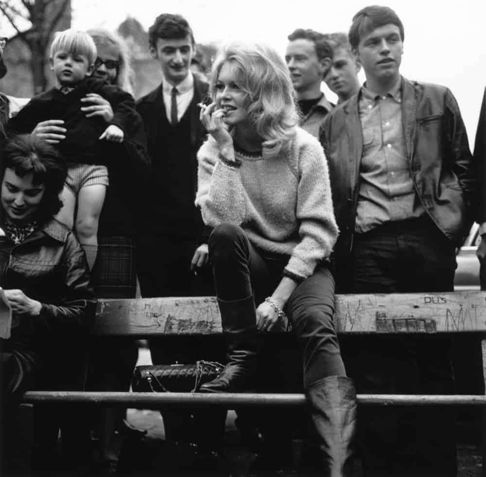 1960-celebrities-love-chanel-275
