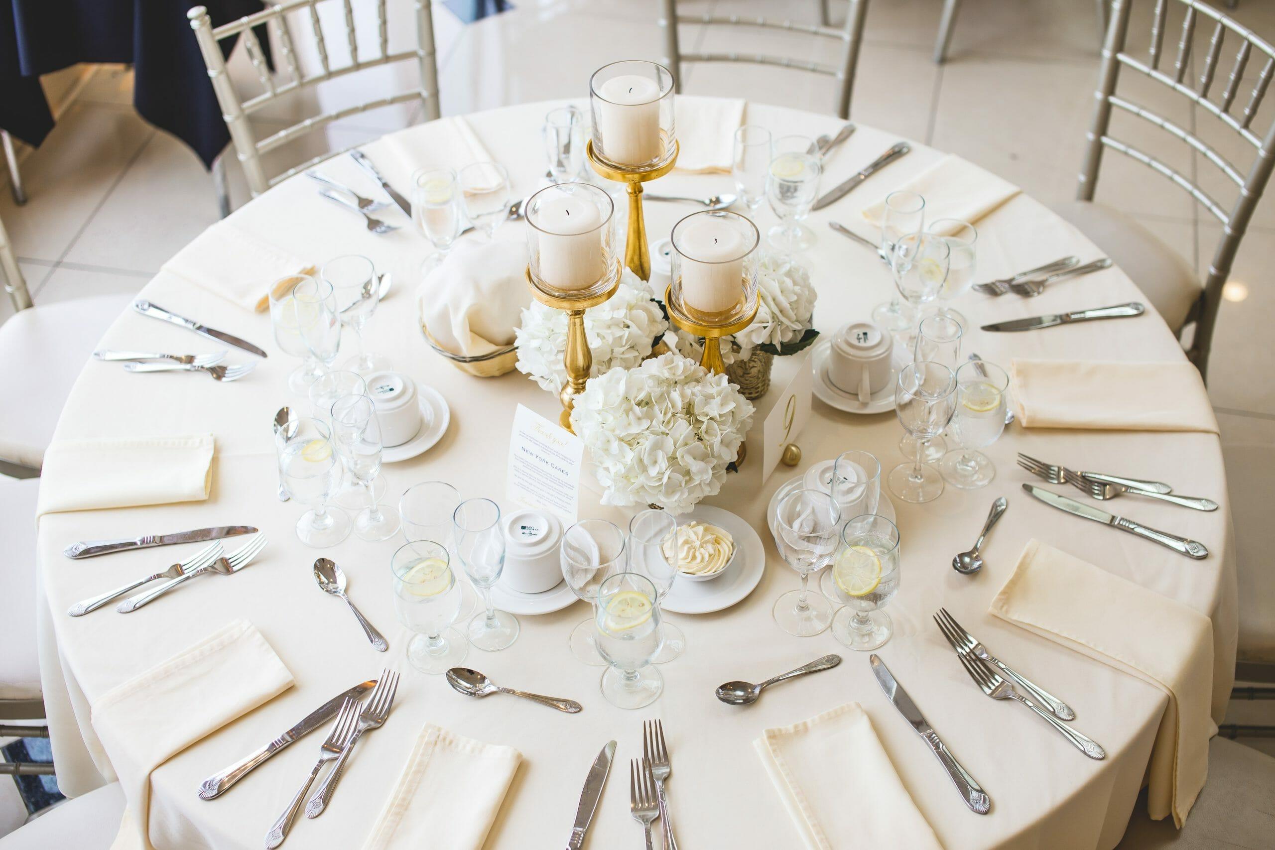Round Table White Decor