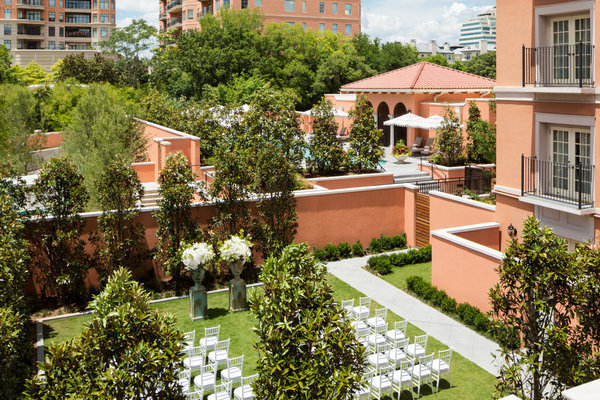 Mansion Garden Overview
