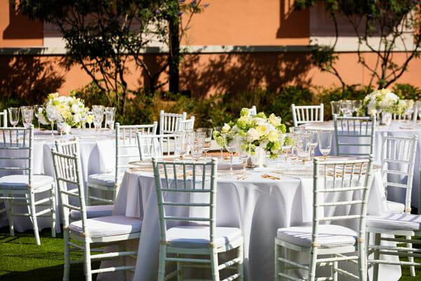 Mansion Lawn Dining