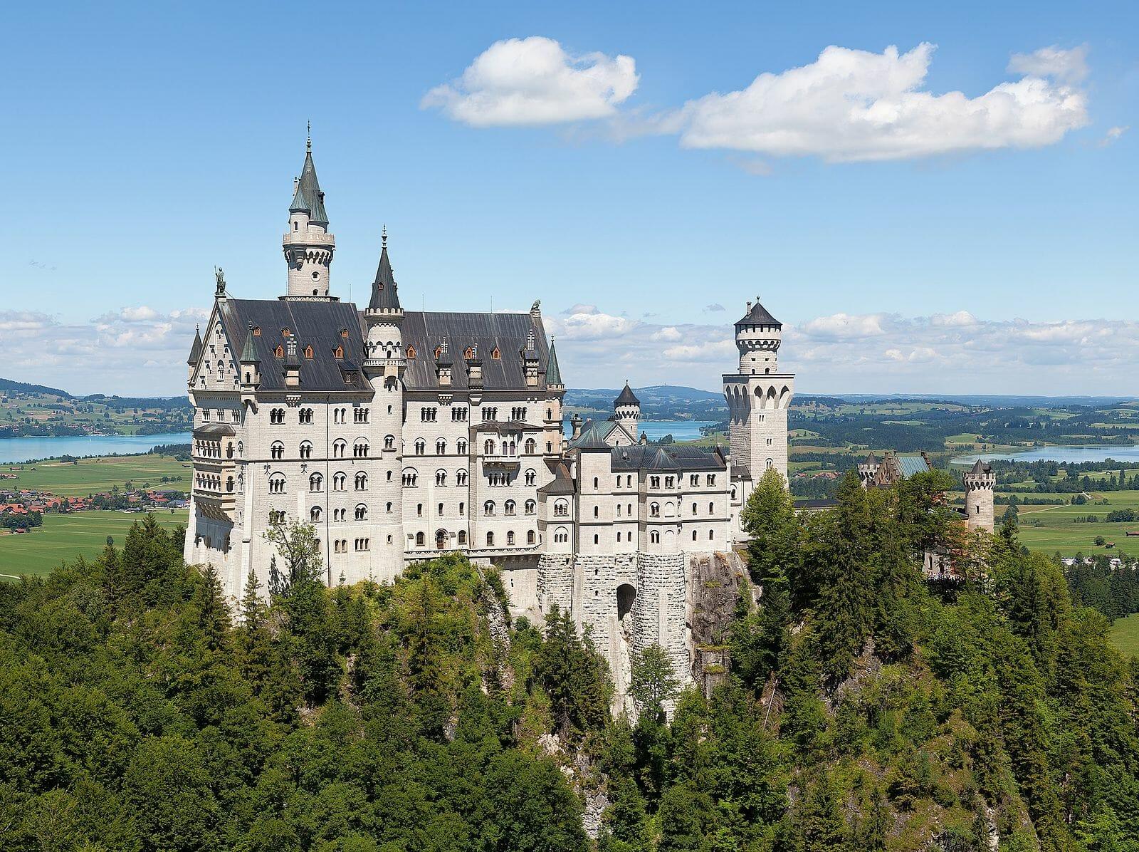 Neuschwanstein Castle by Thomas Wolf