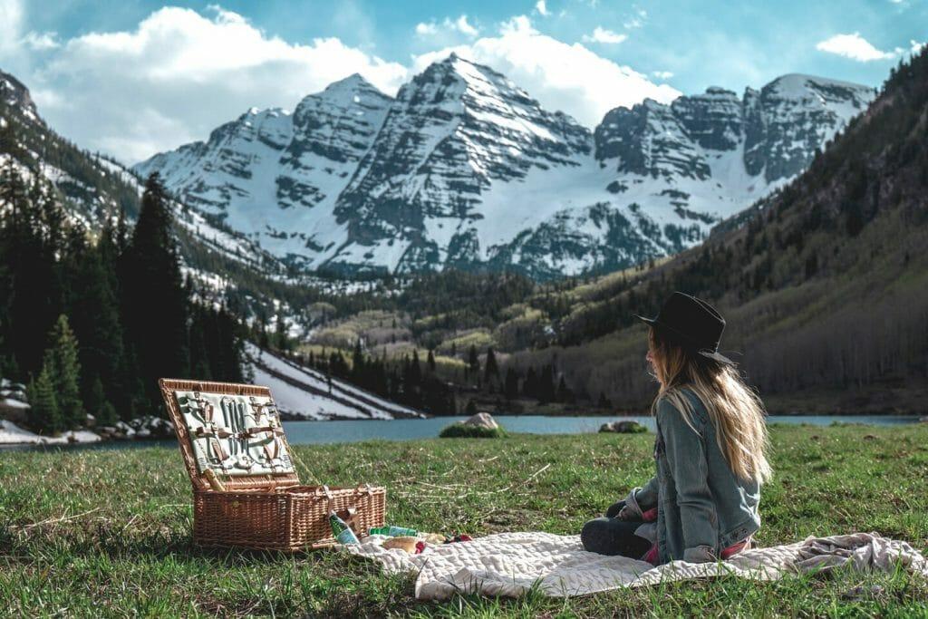 Activities Nearby - Picnic Near Aspen Mountain